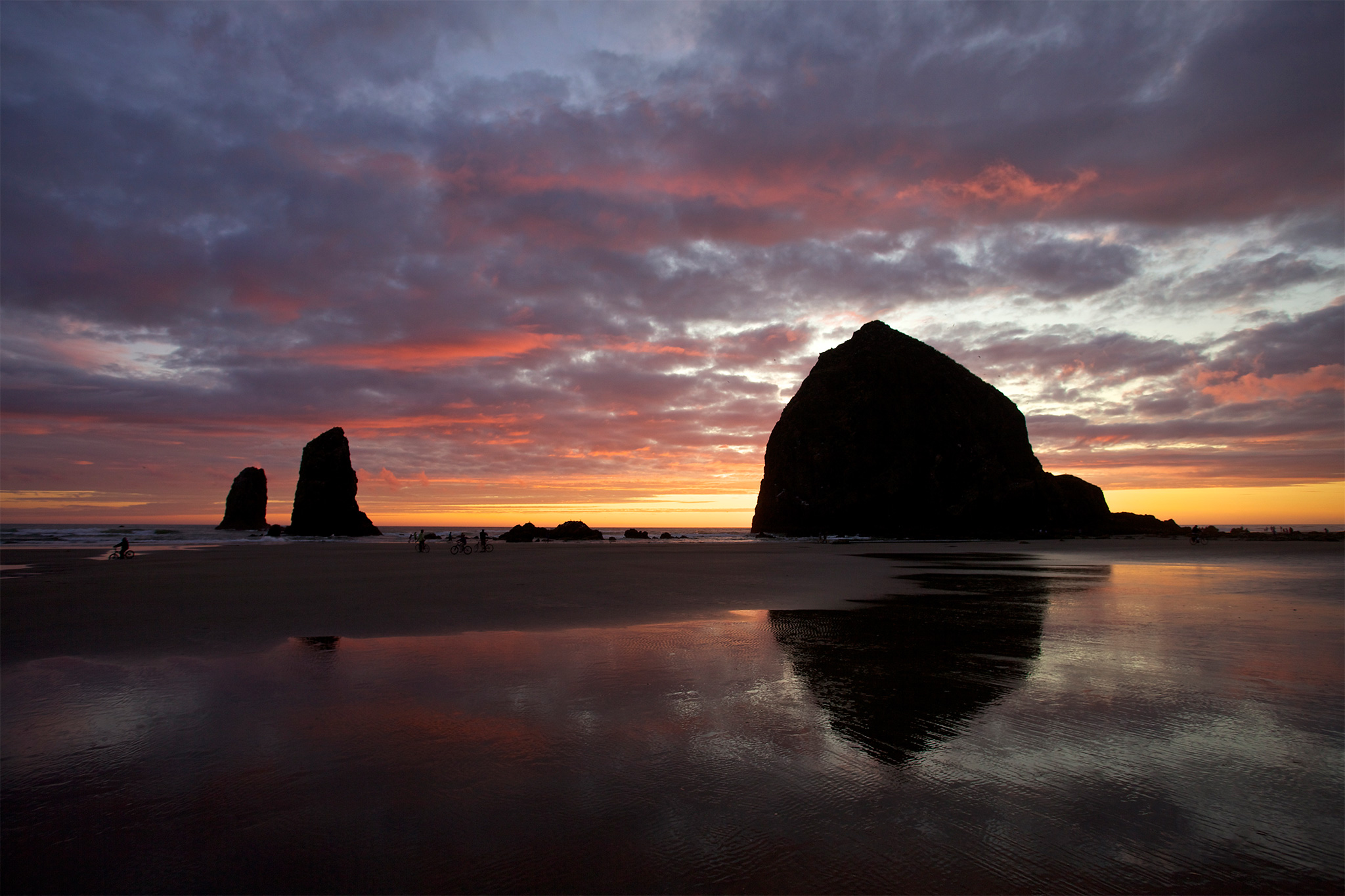 Cannon-Beach-Lifestyle-Stephanie-Inn-hor144